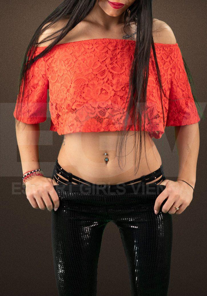 Selena-1-egvwm